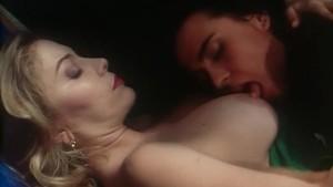 Moana Pozzi Andrea Molnar - Lesbo scene from Amiche del Cazzo