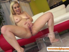 Perverted blonde likes piss play