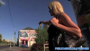 PublicAgent Uzun bir yabancı tarafından becerdin açık havada seksi sarışın saçlı