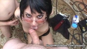 Sweet Babe Riley Mason blowjob cock-banged gets Jizz on her Glasses Facial