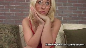 All American blonde hottie Goldie Coxx sucks cock for a Jizz on her glasses