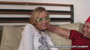 Sexy hot chick blonde Kelly Wells sucks  monster cock for Jizz on her Glasses
