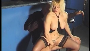 Busty blonde chick downs a cock - Telsev