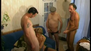 Older babe gets fucked by a group of cocks - Telsev