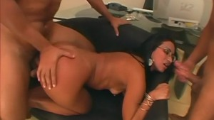 Latinas love getting gangbanged - Telsev