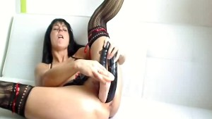 Triple dildos and huge bottle fucking milf