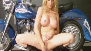 MILF Squirting On Her Bike