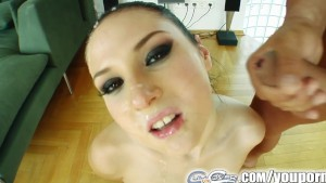 Cum For Cover Nicole deepthroats 4 cocks and gets blasted by all