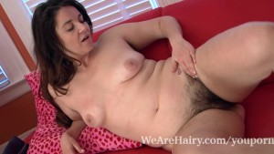 Hairy woman Maxine Holloway finally touches down