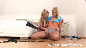 Hot blonde lesbians love to play in fresh pee