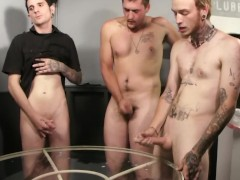 Picture Twink cock sucking party - Factory Video