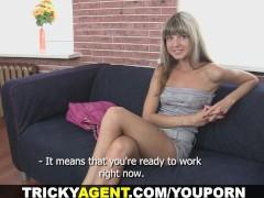 Tricky Agent - Fake blond girl i...