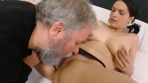 Teen girl with big tits got fucked by her boyfriend's uncle