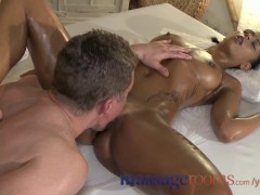 Massage Rooms Beautiful black girl's pussy...