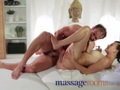 YouPorn - Massage Rooms Expert m...