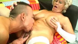 Cock Sucking Granny Get Her Pussy Licked