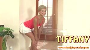 Wam fetish blonde babe toys her pussy