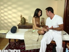 TrickySpa SEXY Latina Janice Griffith Blowing sly masseur