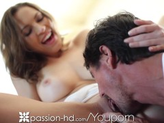 Passion-HD Morning sex for a hot babe
