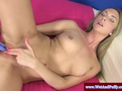 Puffy peach blondes solo toy action