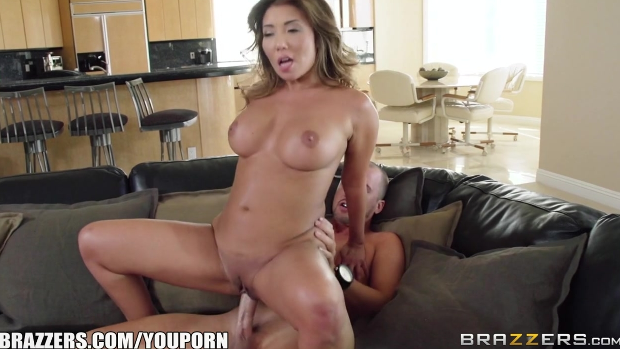 Brazzers - Sexy Asian M...