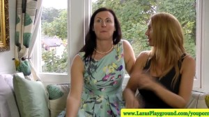 Rich mature in nylons going lesbian with busty blonde