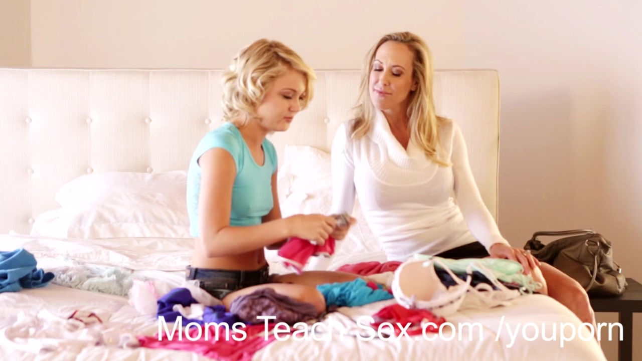 Hot mom teaches boss039s daughter dolly 8