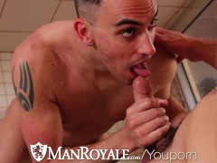 Picture HD - ManRoyale Boyfriends share a shower bef...