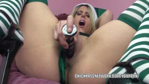 Horny elf Lavender Rayne stuffs her twat with a dildo