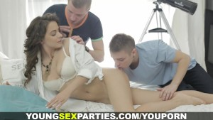 Young Sex Parties - Sex dream becomes a reality