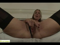Jenna Covelli Dildos Her Mature Pussy