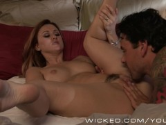 - Wicked - Sexy redhead ...