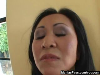 Shaved Brunette xxx: Asian mom seduces hot gardener