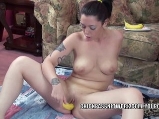 Bananas Food Homemade video: Kinky coed Melina Mason stuffs her twat with bananas