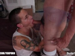 Sexy gays fucking and cumming