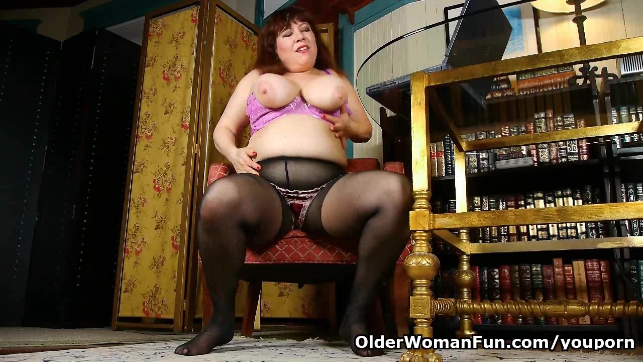 Black nylons and online porn get mom hot and horny