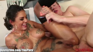 DevilsFilm Bonnie Rotten Anal and HUGE Squirt