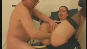 Fisting Turns Into A Blowjob Session