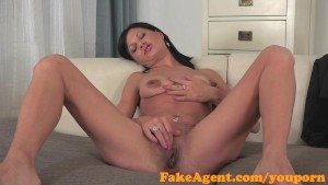 FakeAgent Hot tanned brunette fucked hard before taking spunk in her mouth