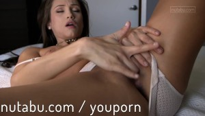 Celeste Star trembling orgasm