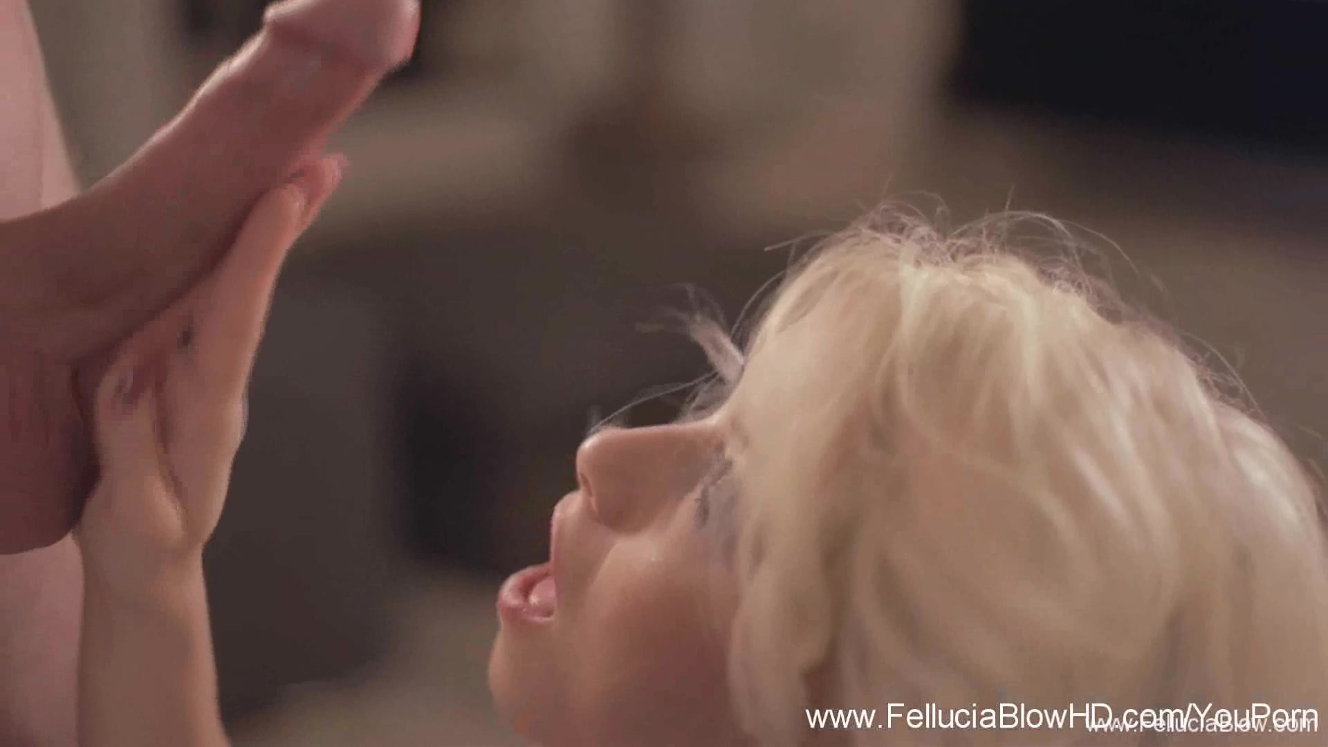 Romantic Blonde Loves The Blow