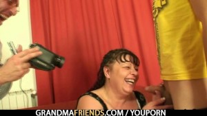Interview with fat woman leads to 3some