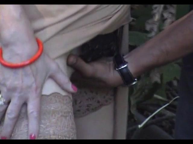 outdoor sercert gangbang - Jav