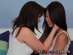 Picture Girlfriends Hot brunette tries pussy for the...