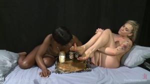 Hot Lesbian Foot Sploshing