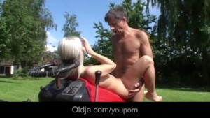 Old young hardcore fuck on the lawnmower