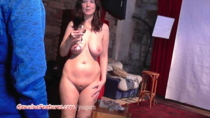 Czech 24yo amateur shows her b