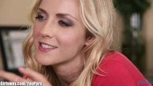 Girlsway Lesbian Terapist Seduced by Client