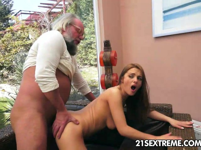 video how man ready a girl for sex