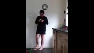 Sneezing Ian's Sneezing and Flip Flops Fetish Video (17)